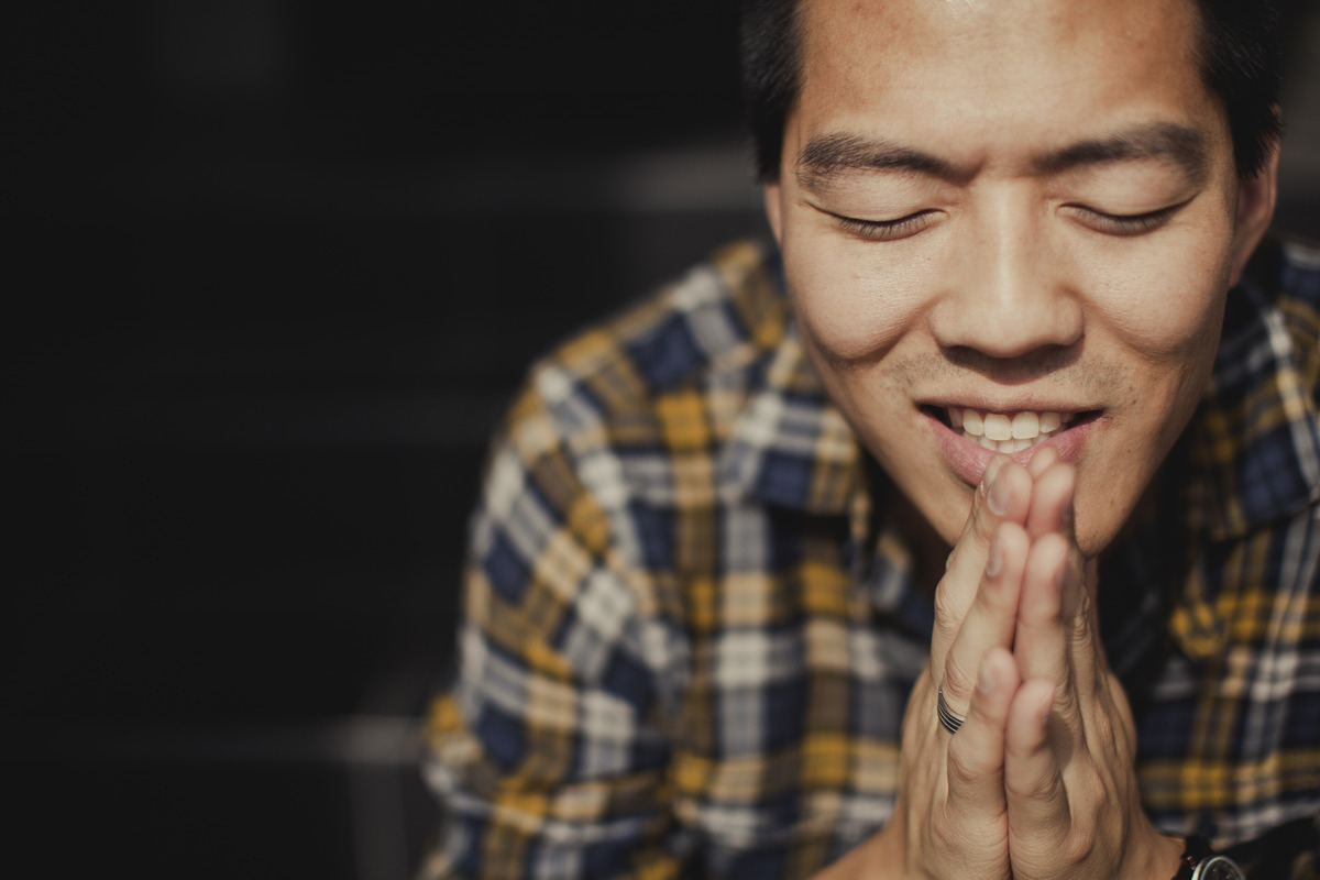 LIFE-CHURCH-TYPICAL-prayer