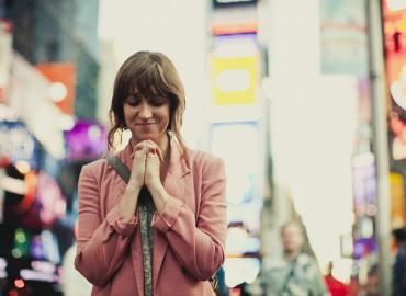 JESUS-TEACHING;PRAYER-girl