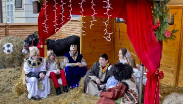 FESTIVALS-CMASINCHURCH-NATIVITY